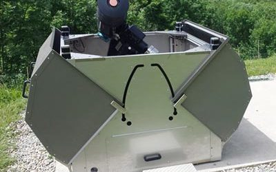A compact telescope shelter